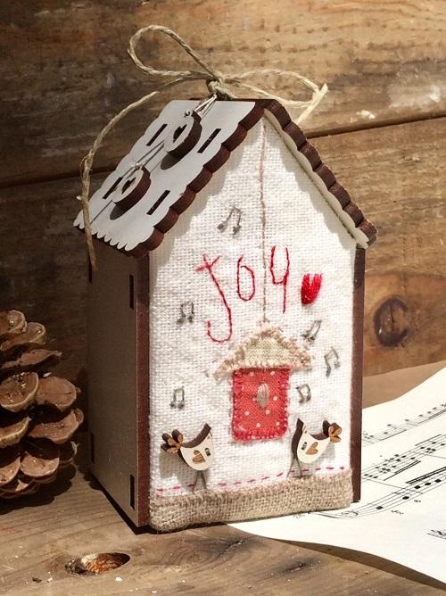 """Mini quilt kit - Christmas house """"Joy"""" - PCNI19C"""
