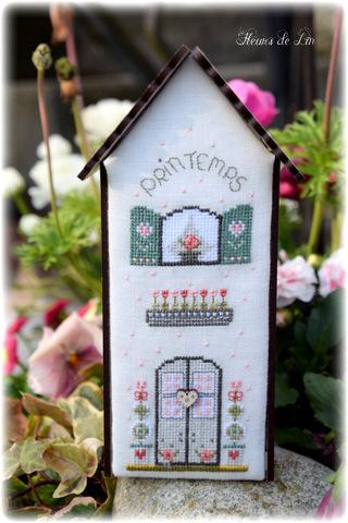 Fiche de point de croix - Fleurs de Lin - Mini maison ref 184