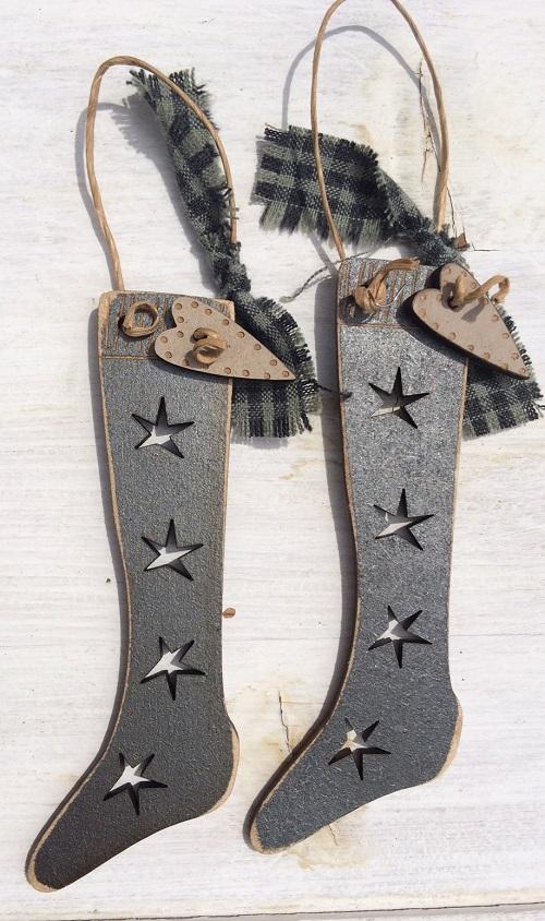 2 Christmas rustic socks DNG3gris