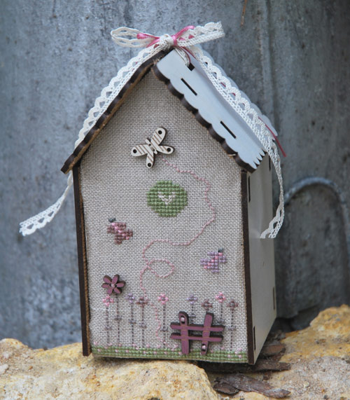 Cross stitch chart - Birdhouse & butterfly - PCNI2