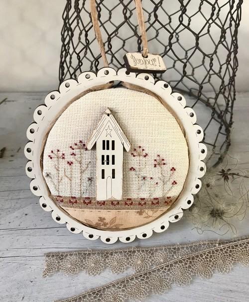 Cross stitch kit - 'Bonjour' mini round frame - Pco6bis
