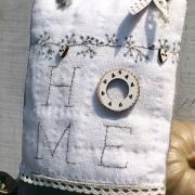 Embroidery kit -Mini Door hanger 'Home' - KTB83A
